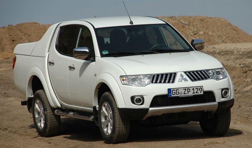 Подержанный внедорожник до 800 тысяч Mitsubishi L200