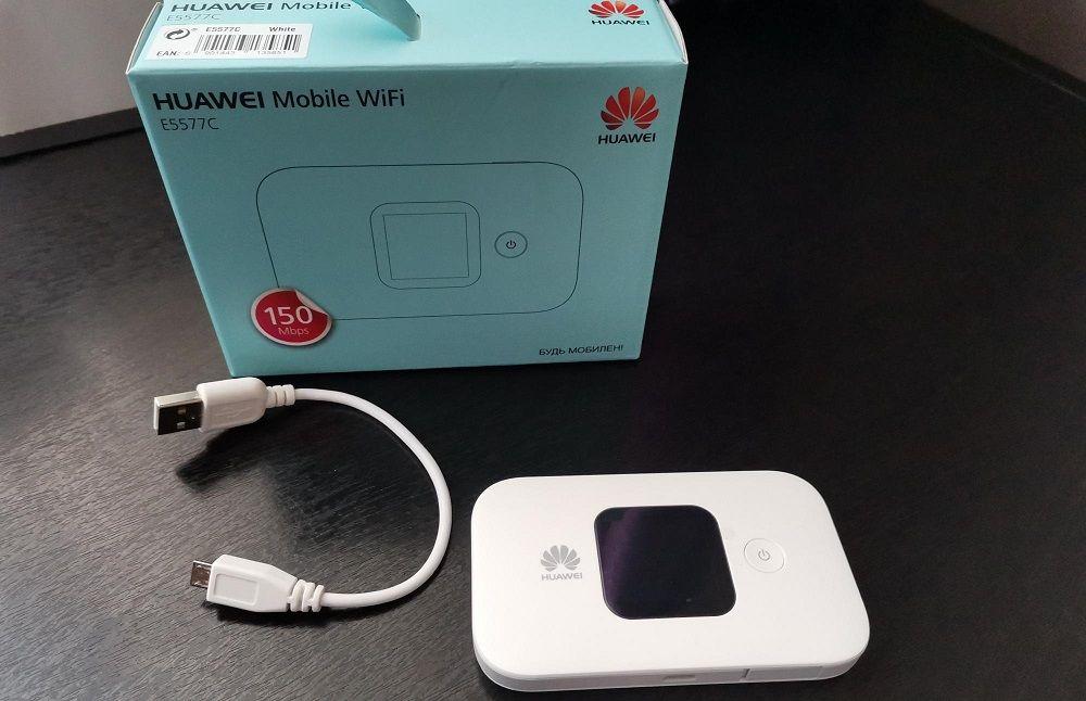 Полезный гаджет Wi-Fi-роутер для авто HUAWEI E5577