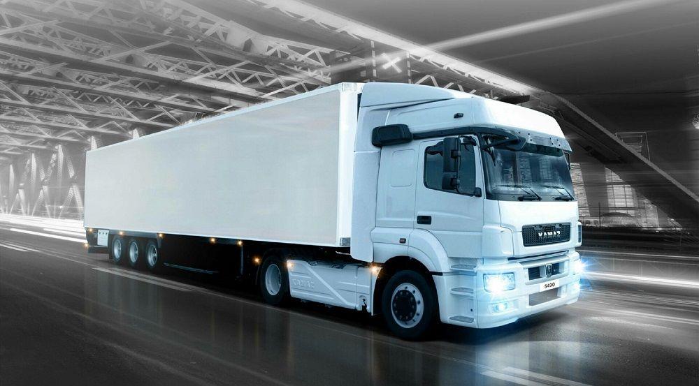 Российский грузовик КАМАЗ 5490