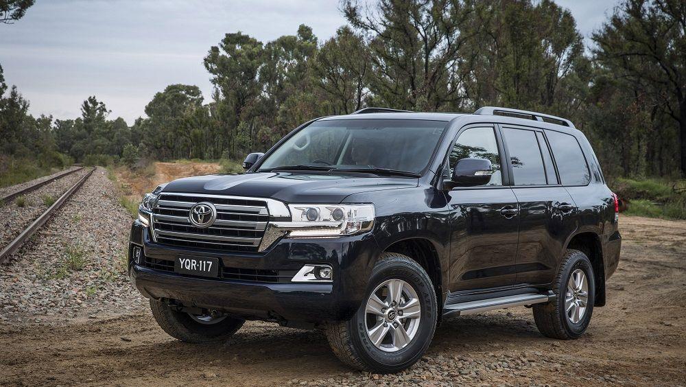 Автомобиль для охоты и рыбалки Toyota Land Cruiser 200