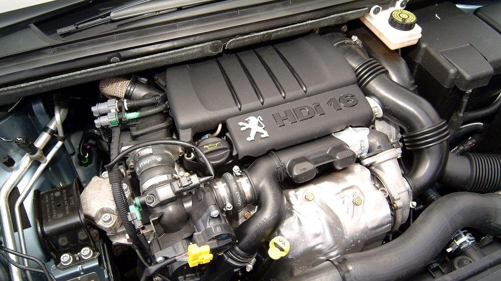 Автомобильный двигатель DV10 2.0
