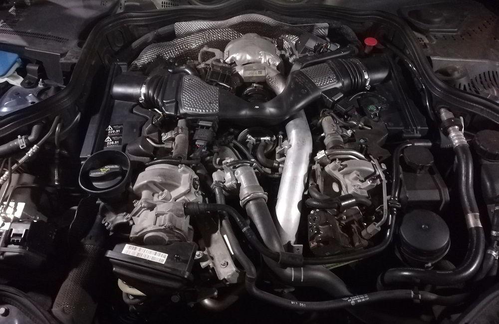 Автомобильный двигатель Mercedes-Benz OM642
