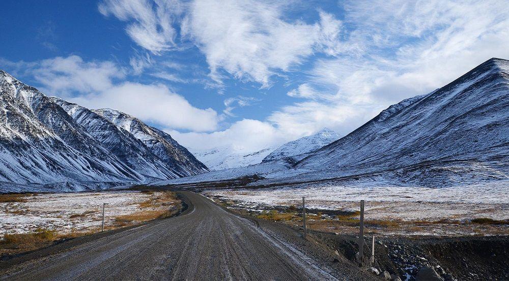 Красивая дорога Далтон-Хайвей (Аляска, США)