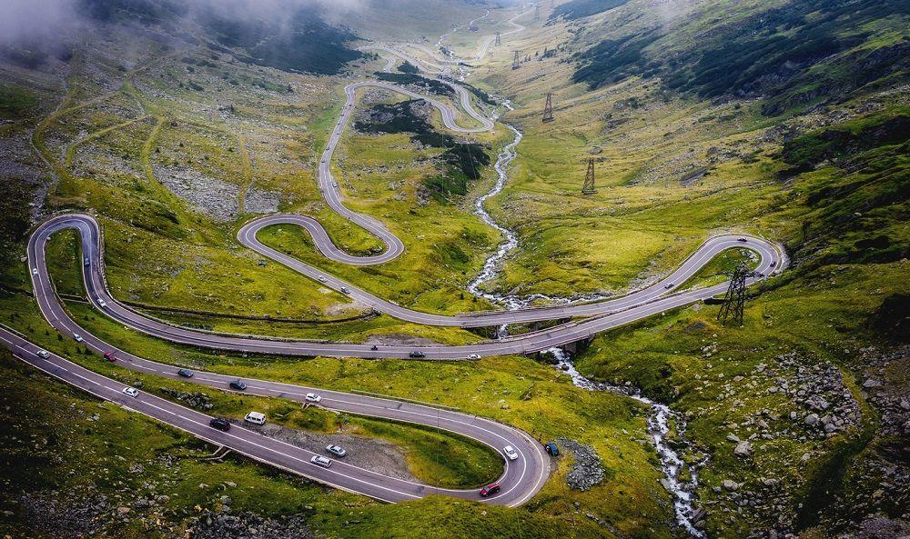 Красивая дорога Трансфэгэрашское шоссе (Румыния)