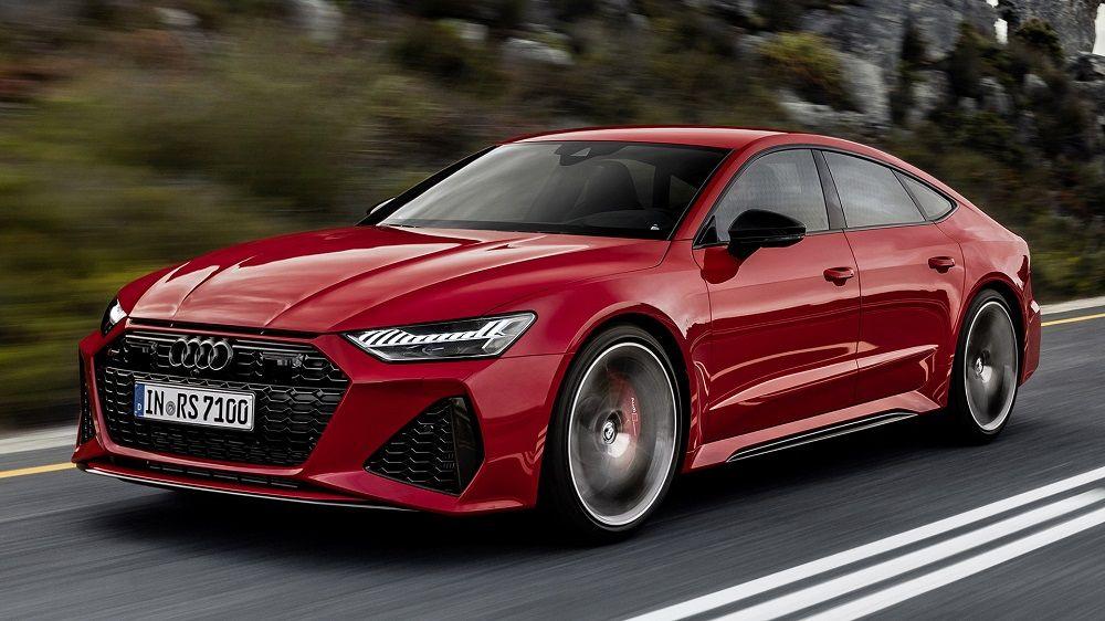 Красивый автомобиль Audi RS7