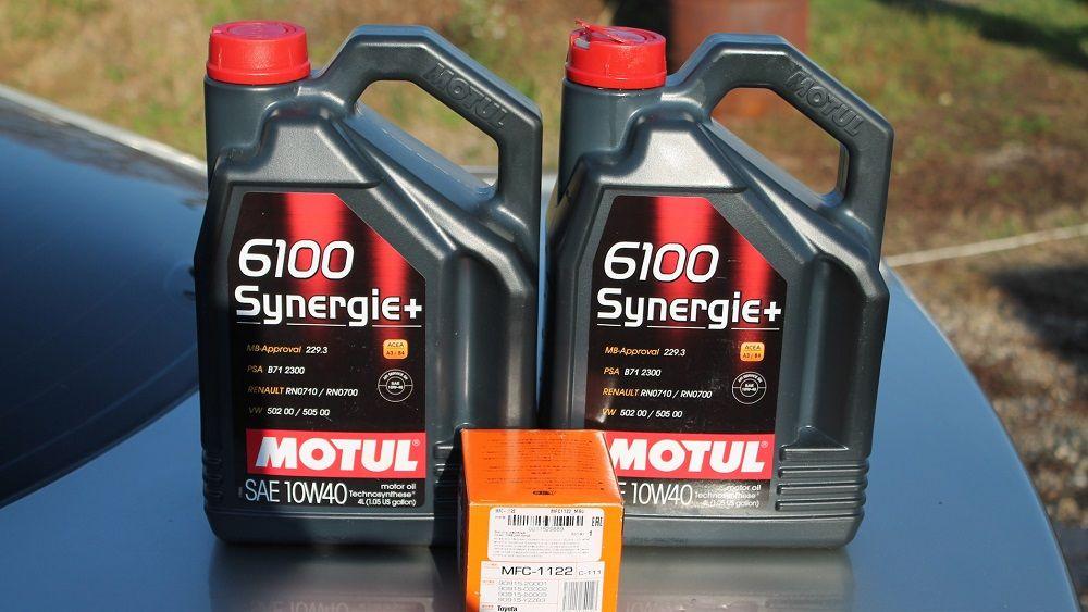 Моторное масло 10W40 Motul 6100 Synergie+