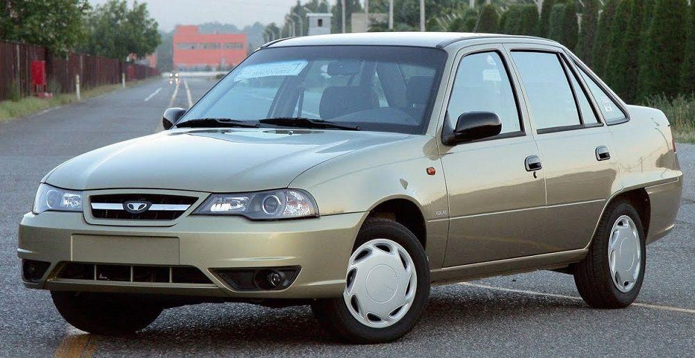 Подержанный автомобиль до 50 тысяч Daewoo Nexia