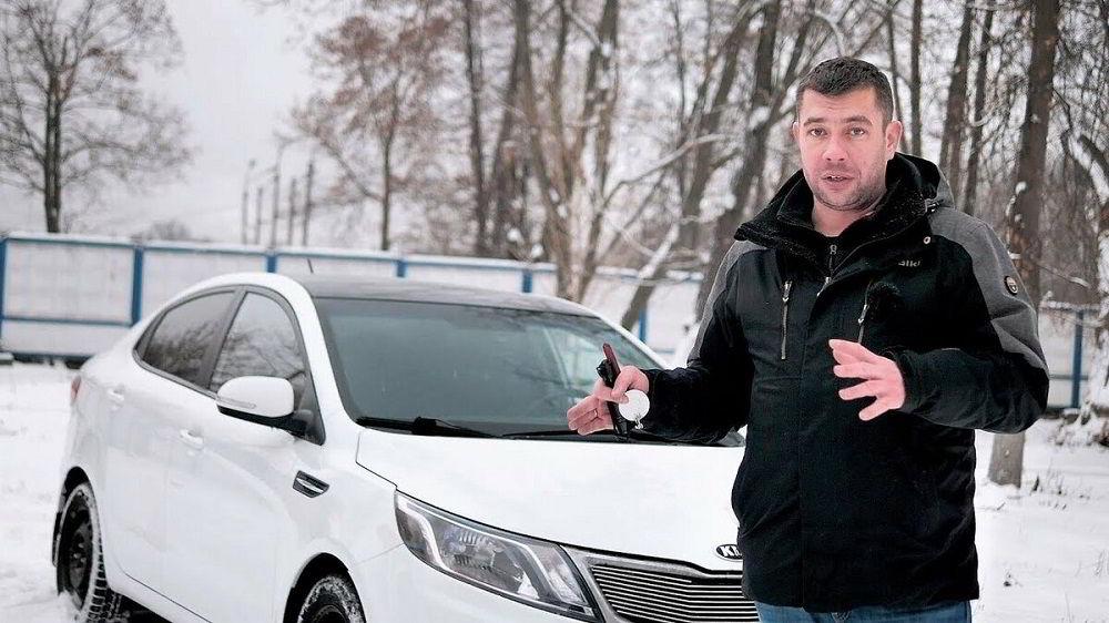 Популярный автоблогер Максим Шелков