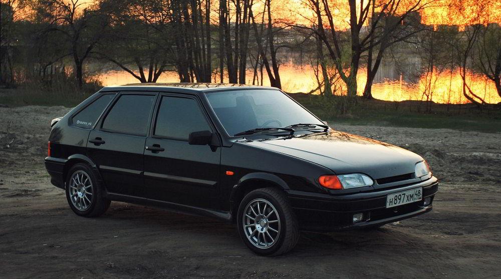 Популярный автомобиль с пробегом Lada 2114