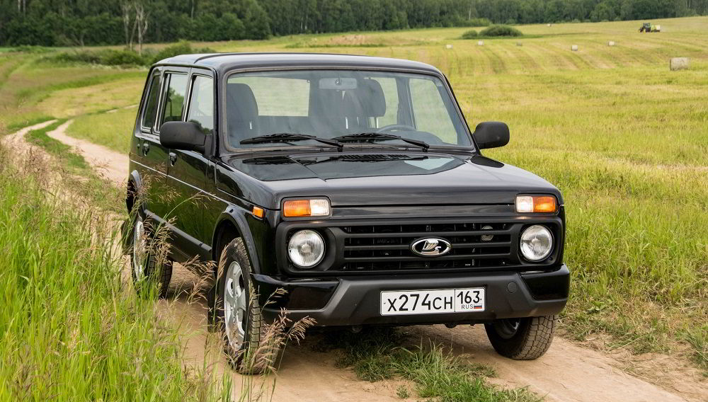 Популярный автомобиль с пробегом Lada Niva