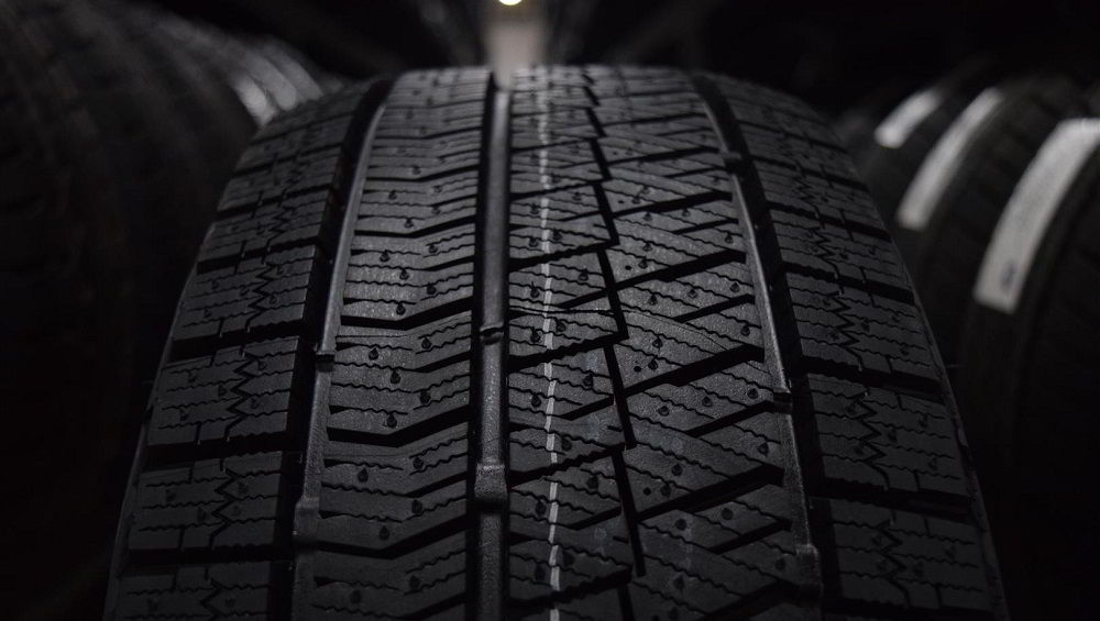 Зимние нешипованные шины Bridgestone Blizzak Ice
