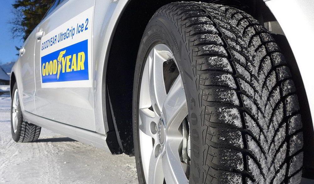 Зимние нешипованные шины Goodyear Ultra Grip Ice 2