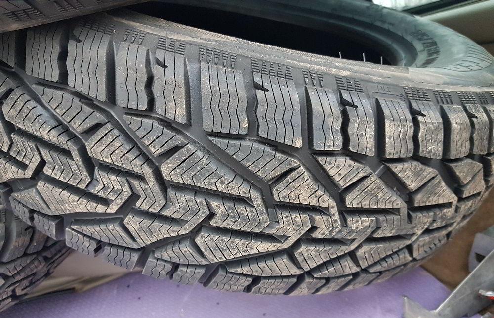 Зимние нешипованные шины Tigar Winter