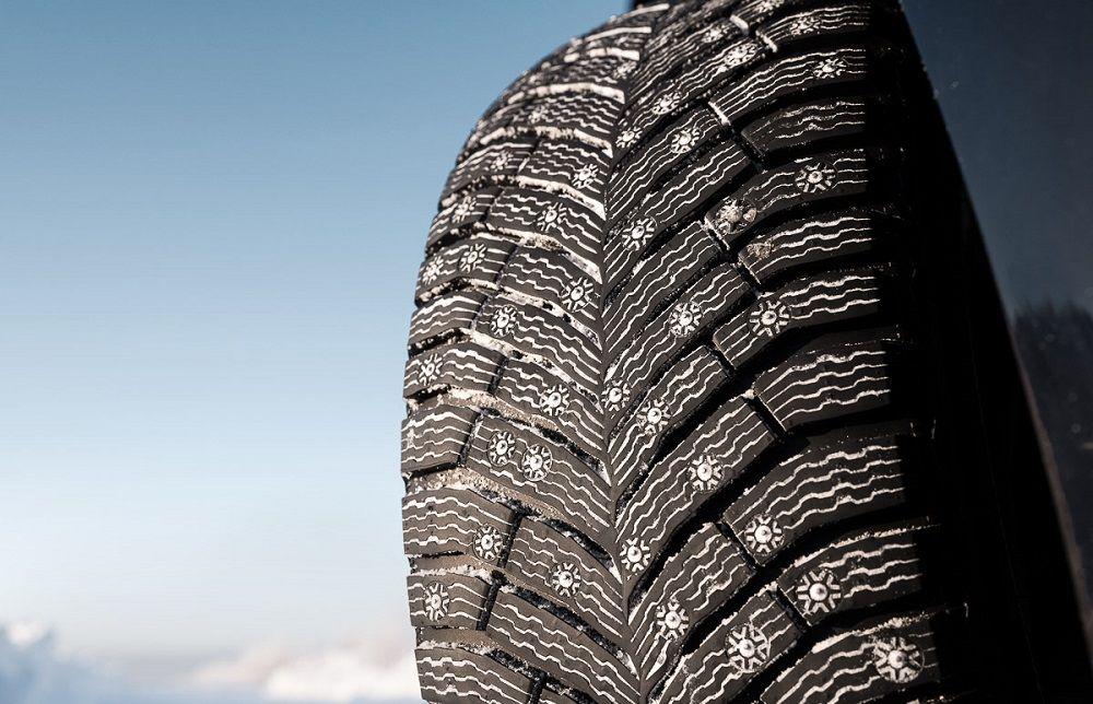 Зимние шипованные шины Michelin X-Ice North 4
