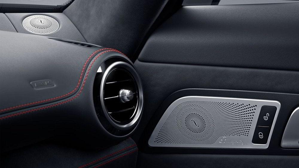 Автомобильная аудиосистема Burmester