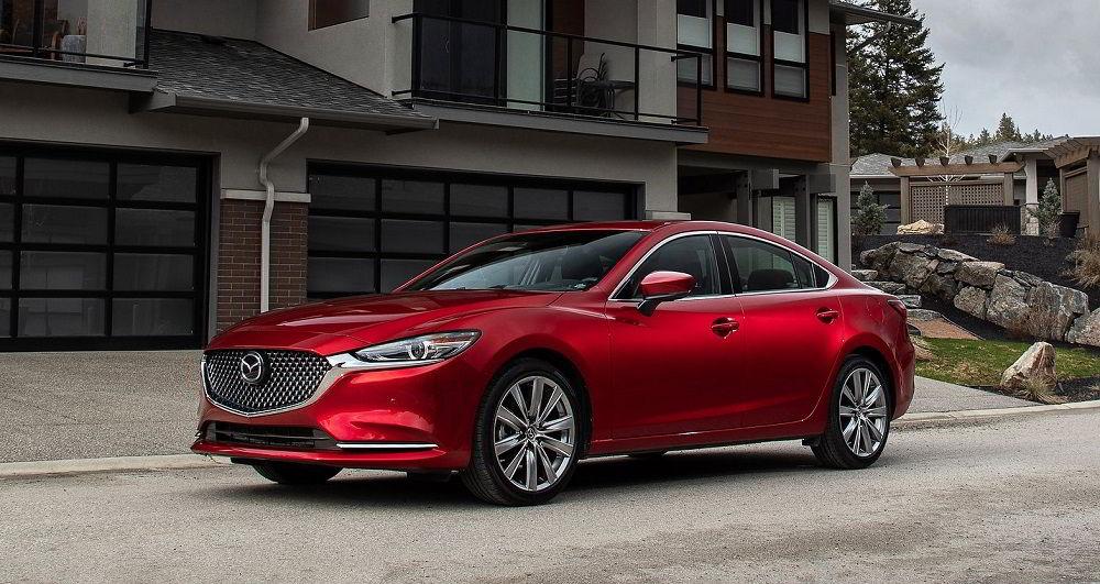 Дорогой в обслуживании автомобиль Mazda 6