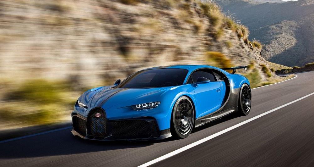Крутой автомобиль Bugatti Chiron Pur Sport