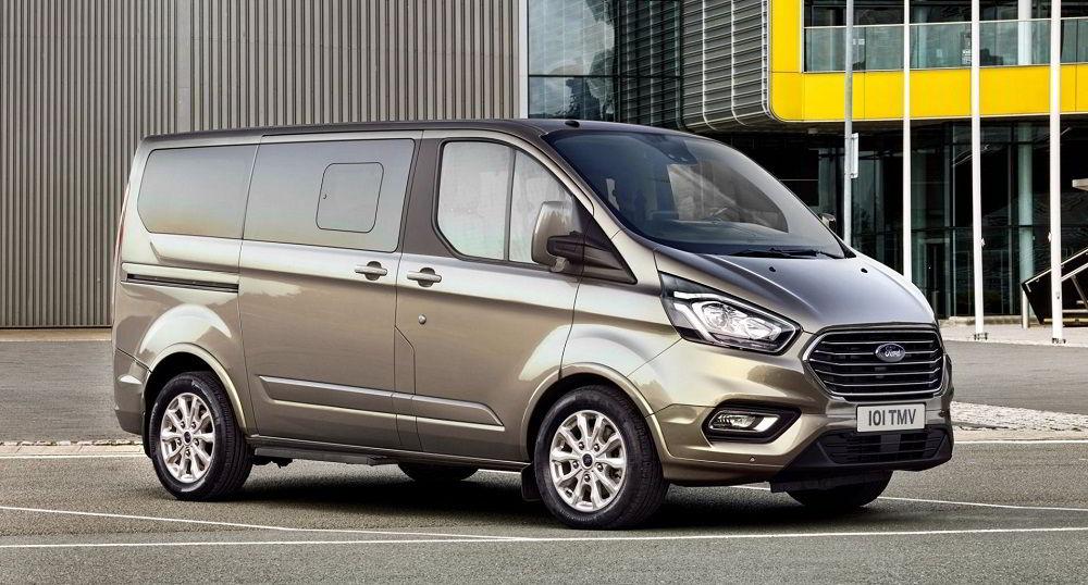 Лучший микроавтобус Ford Tourneo Custom
