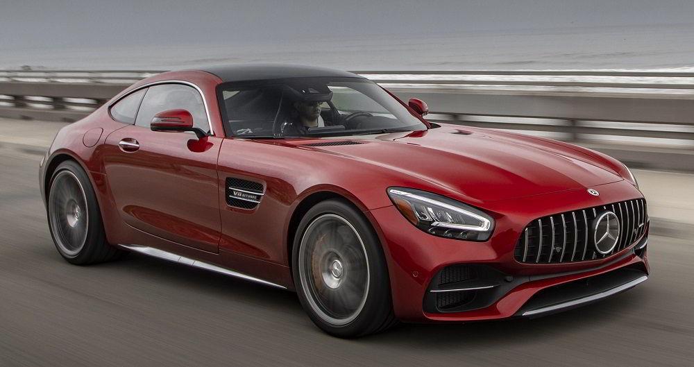 Лучший по управляемости автомобиль Mercedes-Benz AMG GT-S
