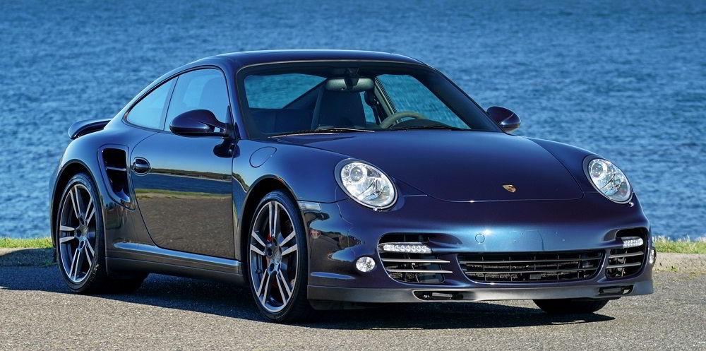 Надёжный автомобиль с пробегом Porsche 911 2010