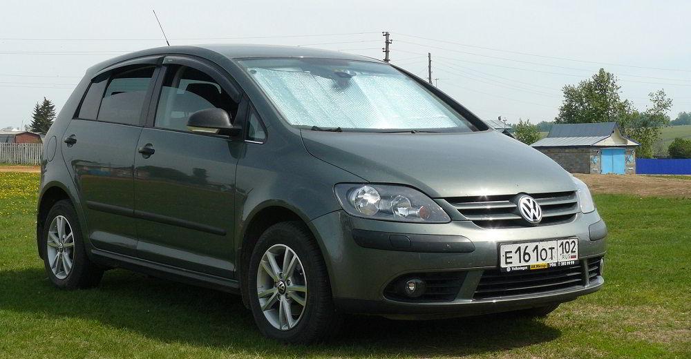 Надёжный автомобиль с пробегом Volkswagen Golf Plus 2010