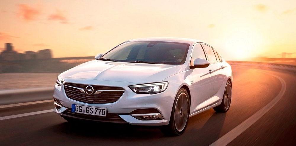 Надёжный автомобиль с пробегом Opel Insignia 2018