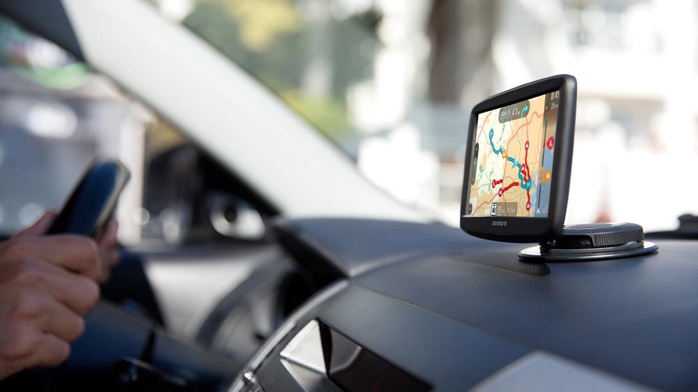 Навигаторы с услугой «пробки»