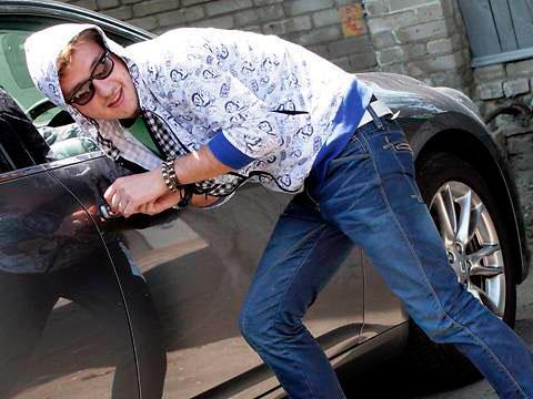Каждому автовладельцу хочется защитить свою машину от угона