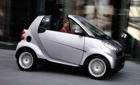 На 10 месте крохотный Mercedes Smart