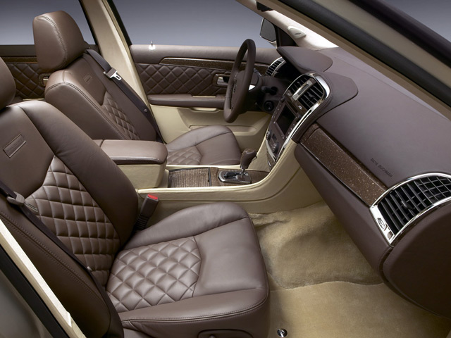 Салон автомобиля Cadillac SRX