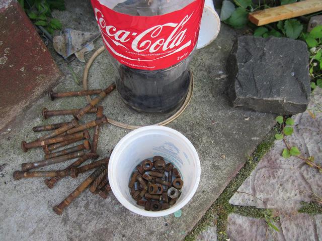 «Кока-Кола» содержит вещества, которые могут разъесть ржавчину