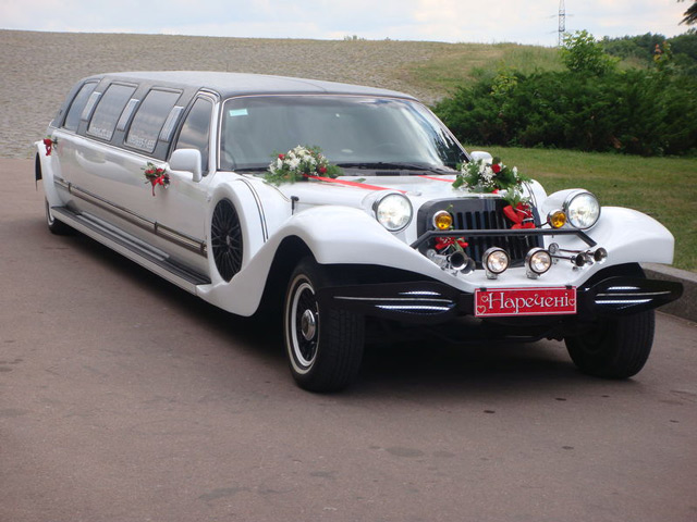 Лимузин Lincoln Excalibur