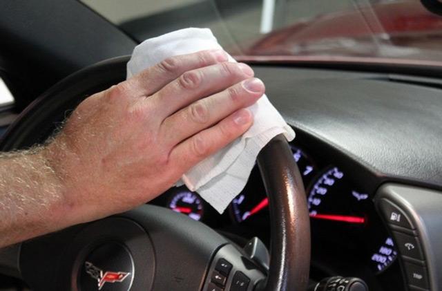 Чистый салон не поставит водителя в неловкое положение