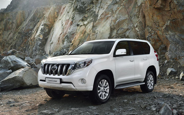 Автомобиль Toyota Land Cruiser Prado ещё в ранних версиях получил немалую популярность