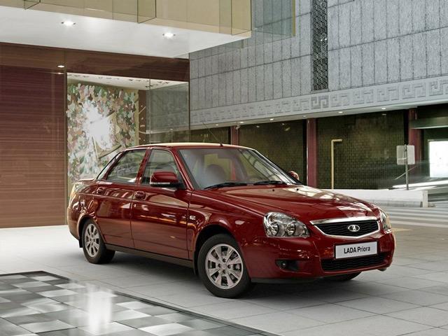 Последнее обновление автомобиля Лада Приора порадовало автолюбителей множеством полезных изменений