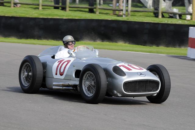 АвтомобильMercedes W196