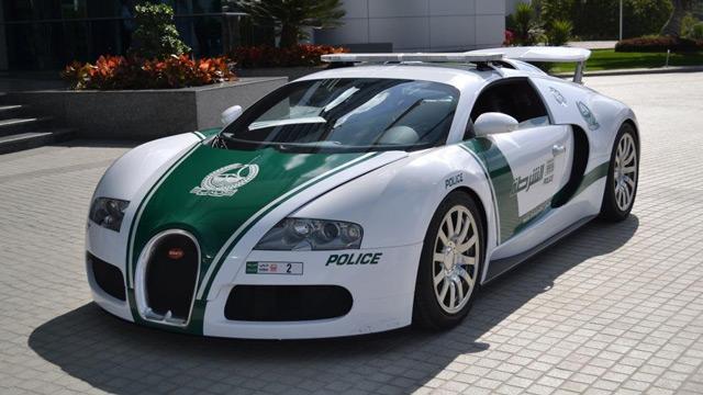АвтомобильBugatti Veyron