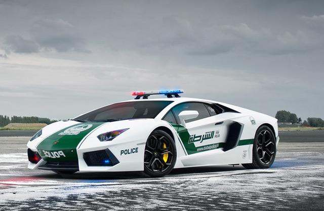 Для эффективной борьбы с преступностью нужны хорошие полицейские автомобили