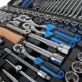 Набор инструментов для автомобилиста