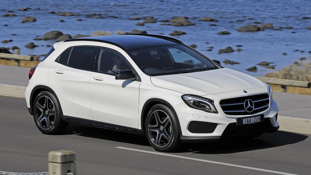 Автомобиль Mersedes GLA