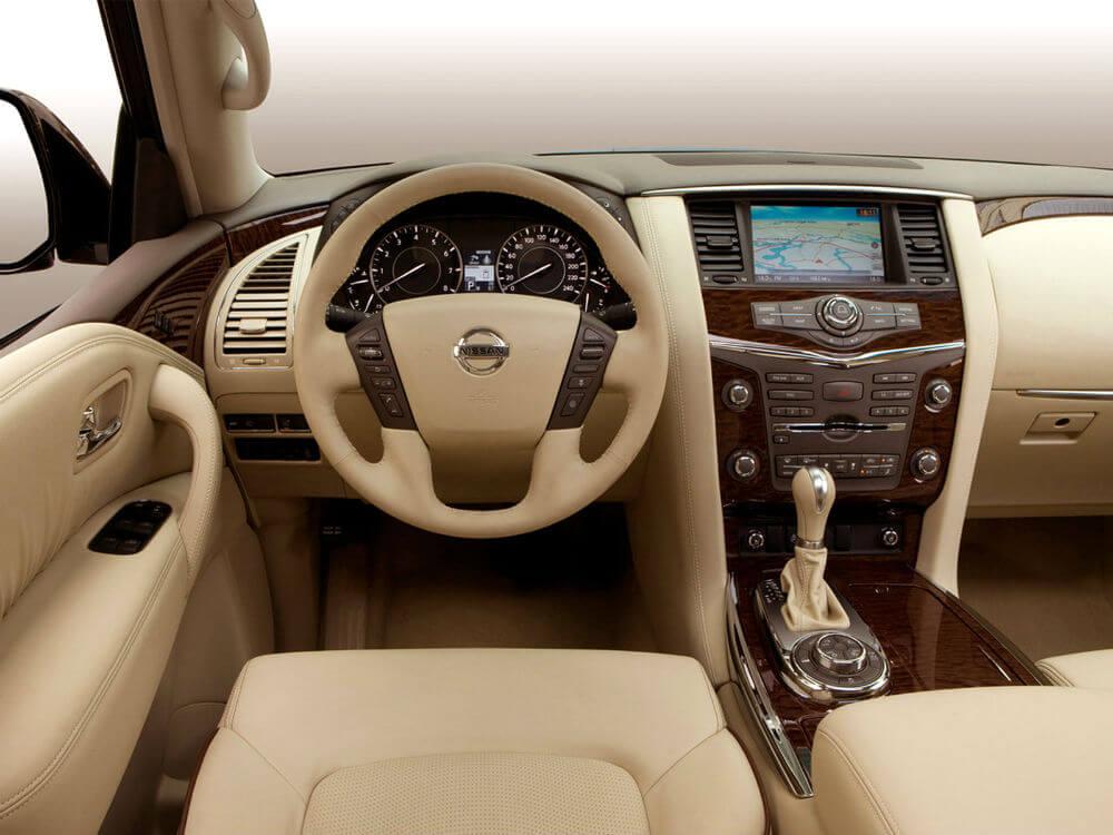 Салон нового Nissan Patrol