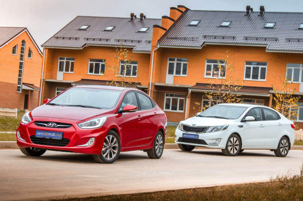 Автомобили эконом-класса: Kia Rio и Hyundai Solaris