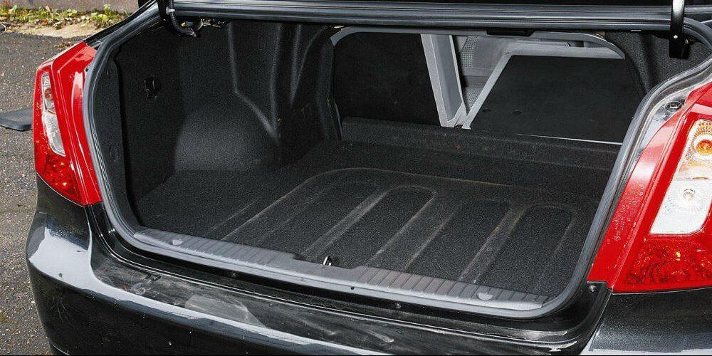 Багажное отделение Chevrolet Lacetti