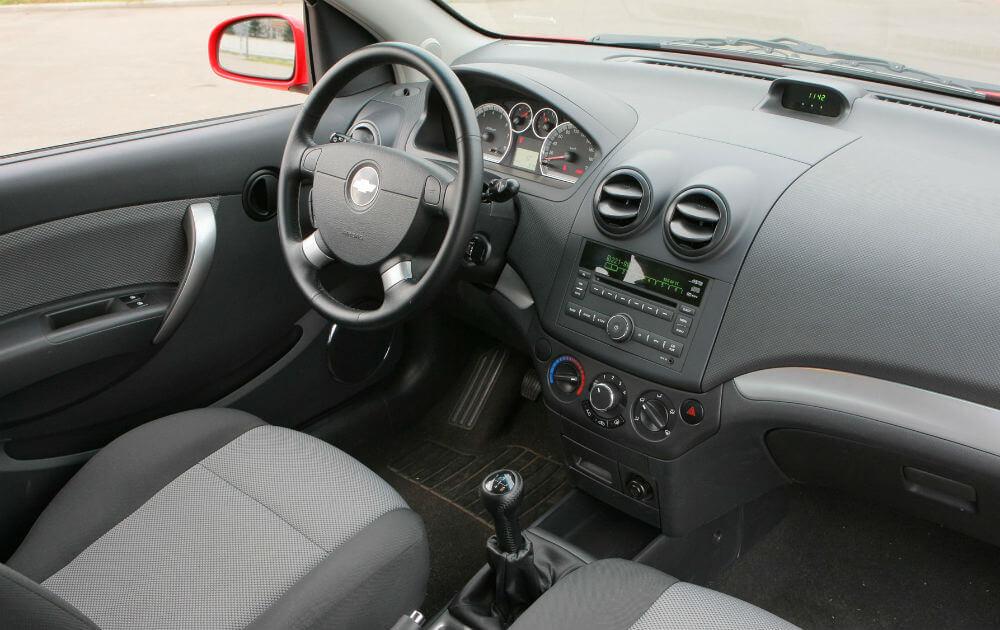 Салон автомобиля Chevrolet Aveo