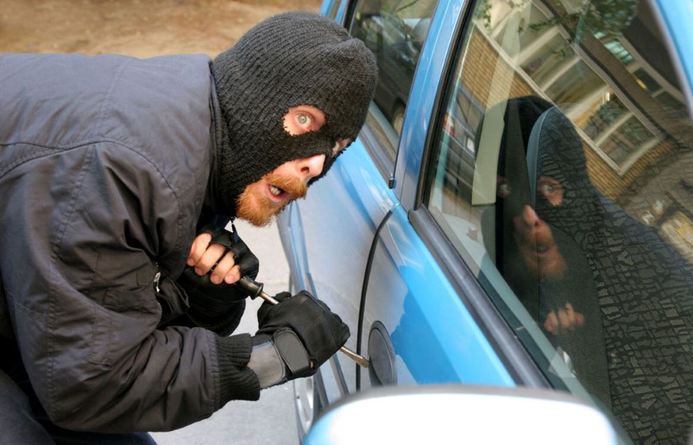 gps-трекер найдет машину в угоне