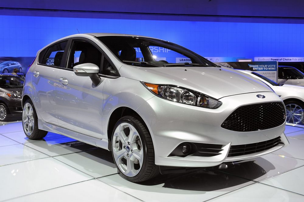 малолитражка ford fiesta