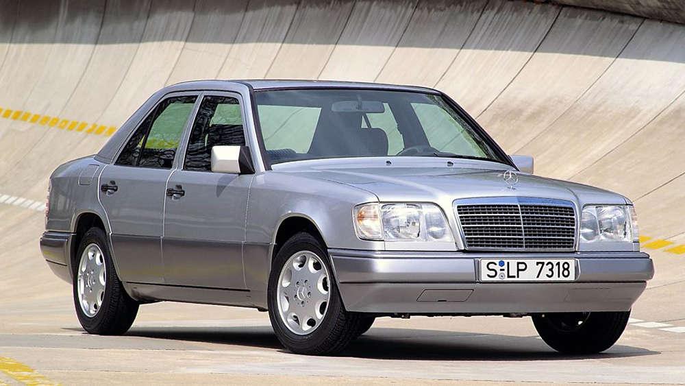 Mercedes младше 1984