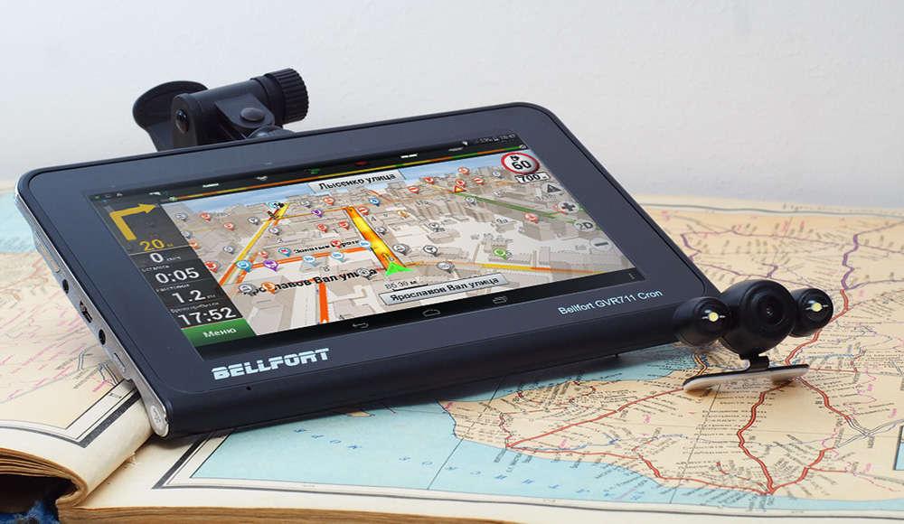 Что лучше использовать: планшет или GPS-навигатор