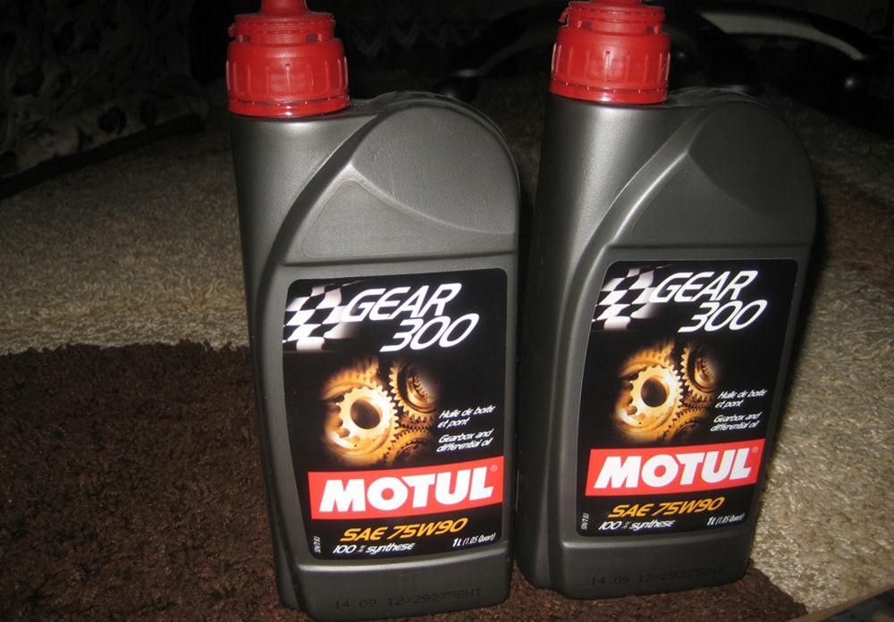 Motul Gear 300